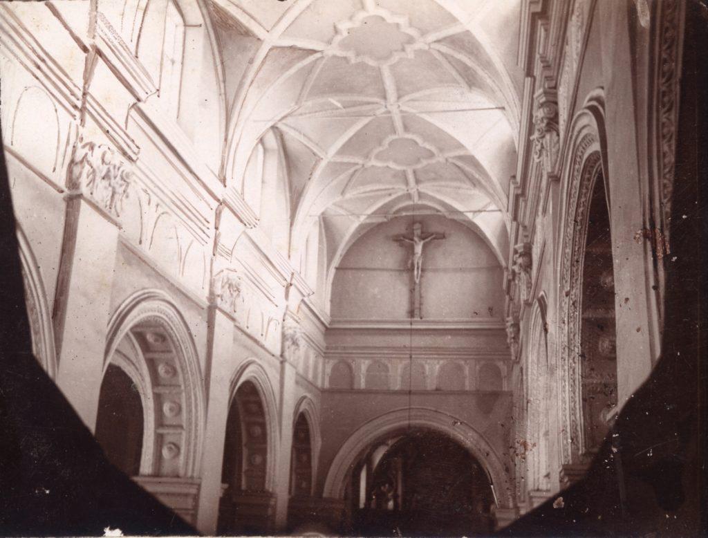 Wnętrze Kościoła pw.Nawrócenia św.Pawła,  ca. 1905. @WBP BC